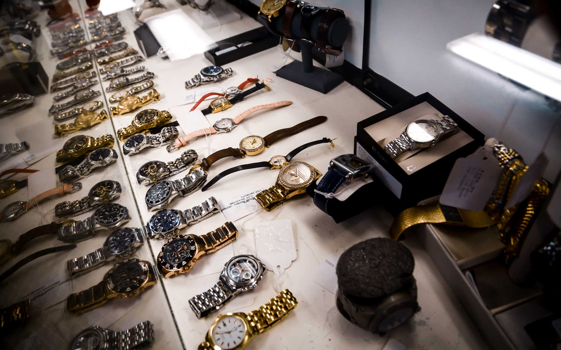 Watches display at an epawn location